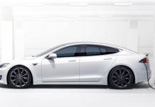 Tesla Model S-5