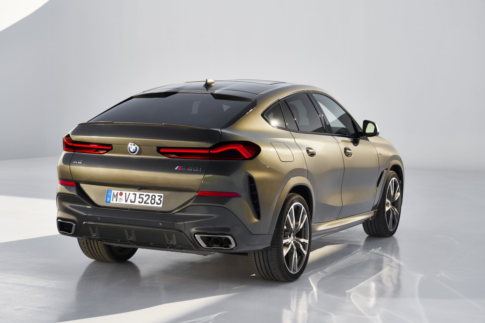 New-Gen 2020 BMW X6 With Illuminated Grille To Launch In India On June 11
