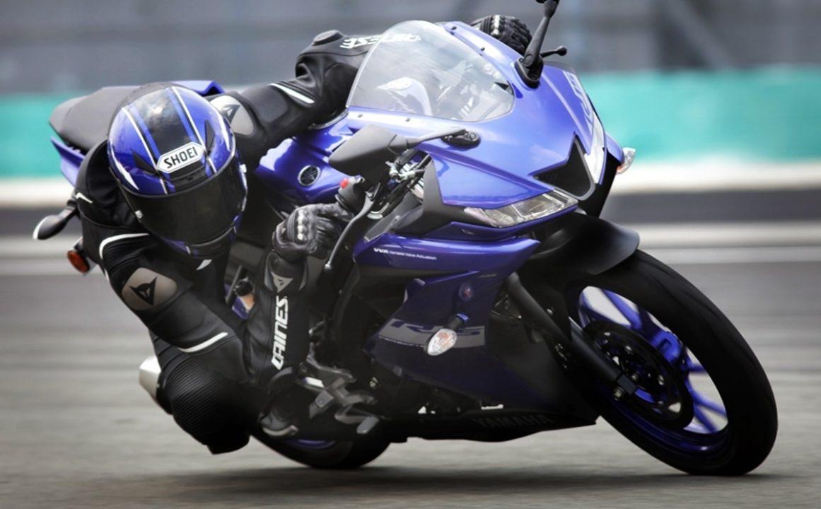 BS6 Yamaha YZF R15