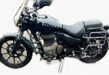 Royal Enfield Meteor official accessories spied