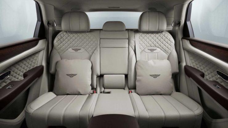 2021 Bentley Bentayga accessories interior