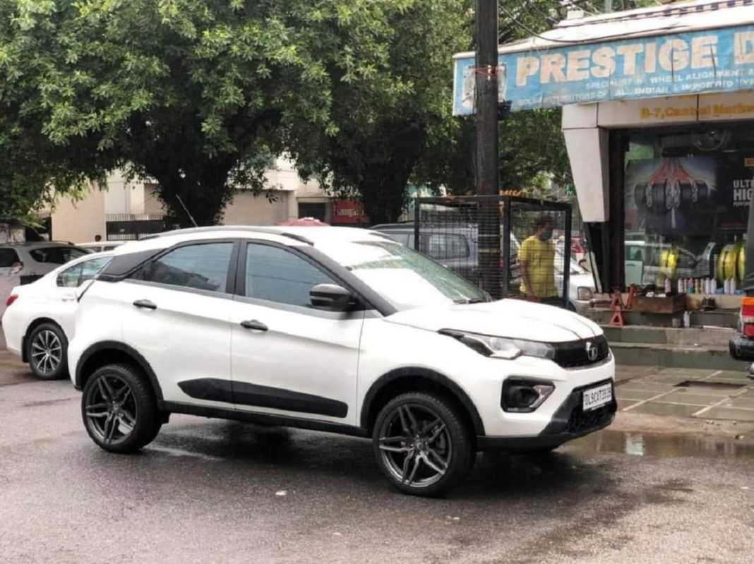 Modified Tata Nexon 18 inch alloy wheels feature