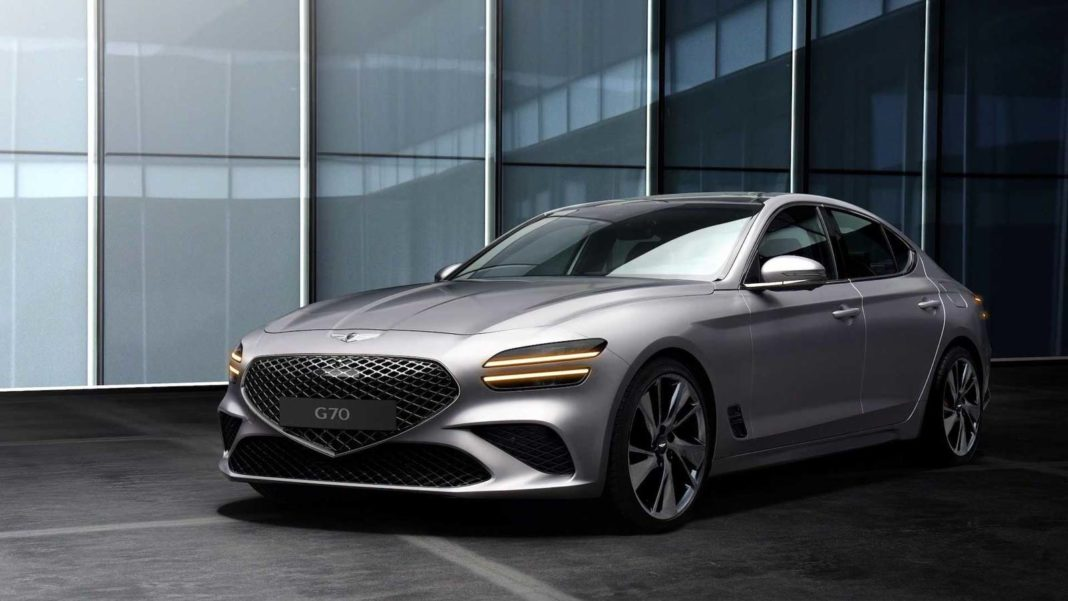 2021 Genesis G70 Front 1