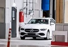 Mercedes Benz C-Class spied without camouflage