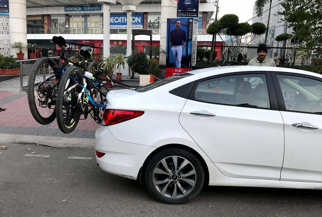 cycle on cars-1-2