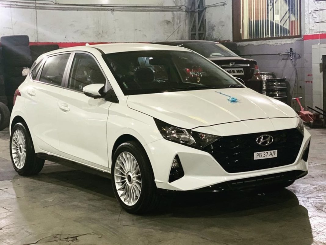 2020 Hyundai i20 custom alloy wheels 1