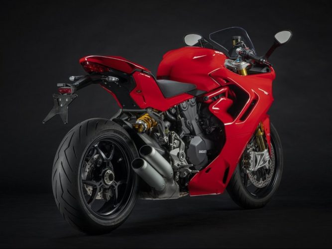 2021 Ducati SuperSport 950 S rear angle