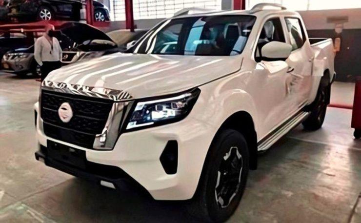 2021 Nissan Navara VL 4x4 spied in dealership