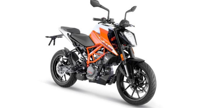 2021 KTM 125 Duke 1