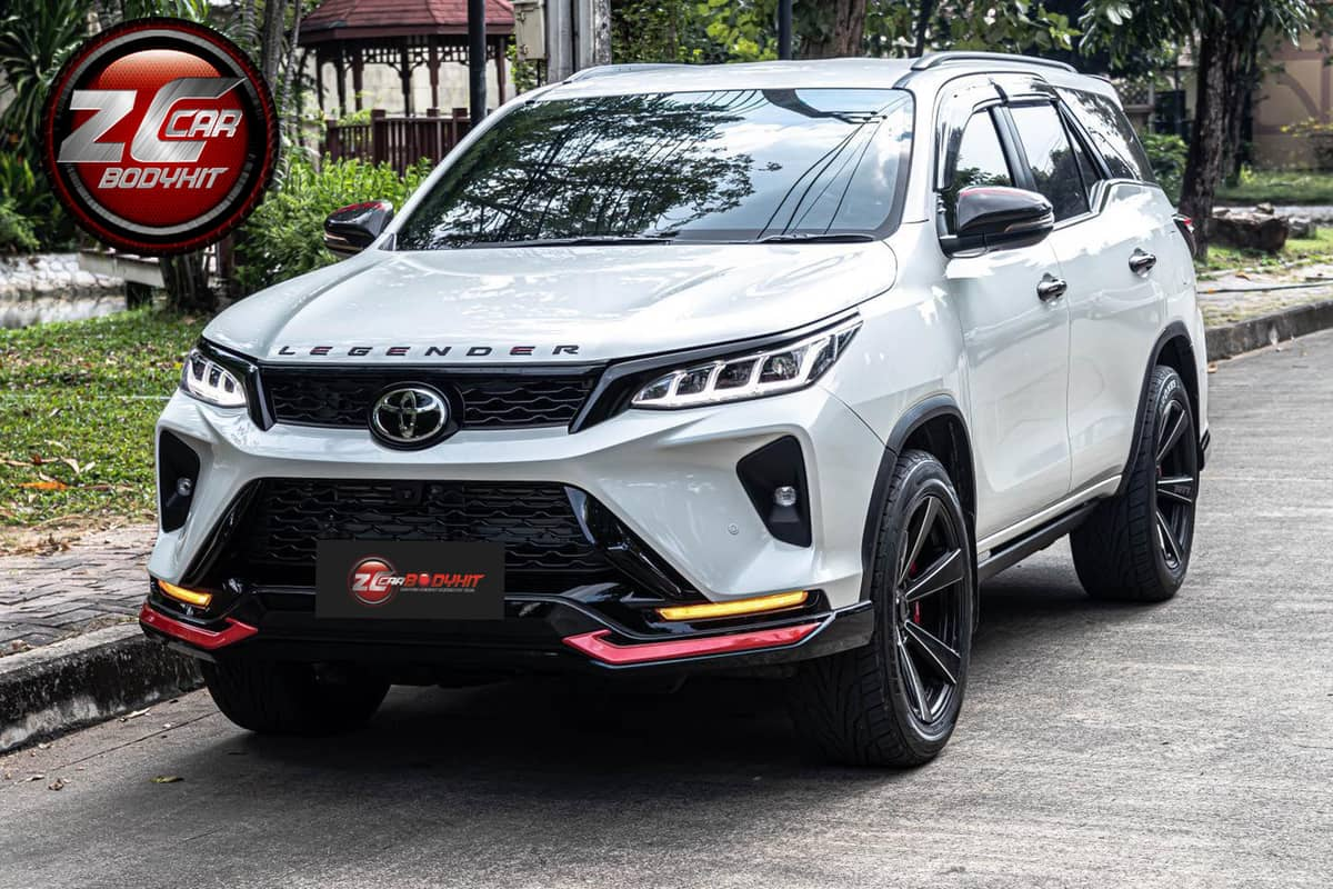 modified Toyota Fortuner body kit 3