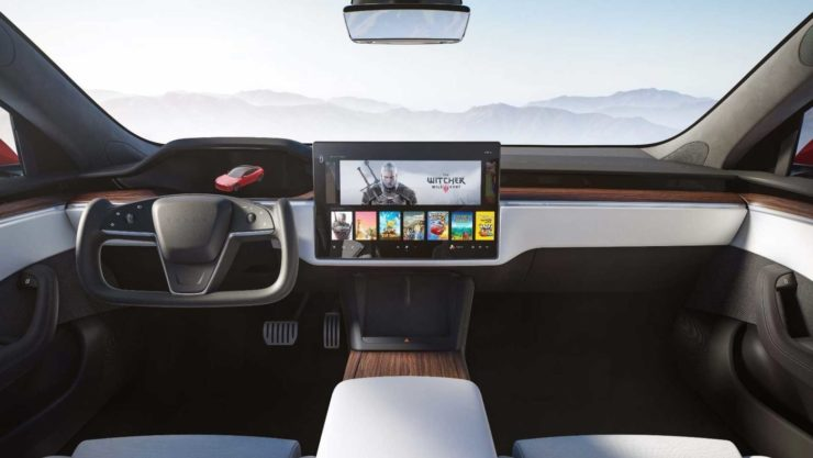 2021 Tesla Model S Plaid interior dashboard