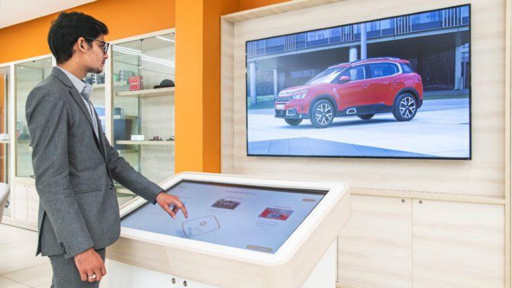 La Maison Citroen Dealership Ahmedabad 3D configurator