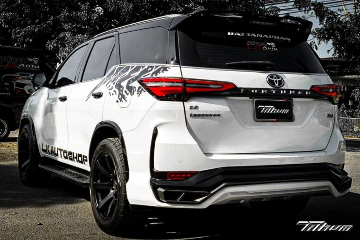 Toyota Fortuner Legender modified body kit 5