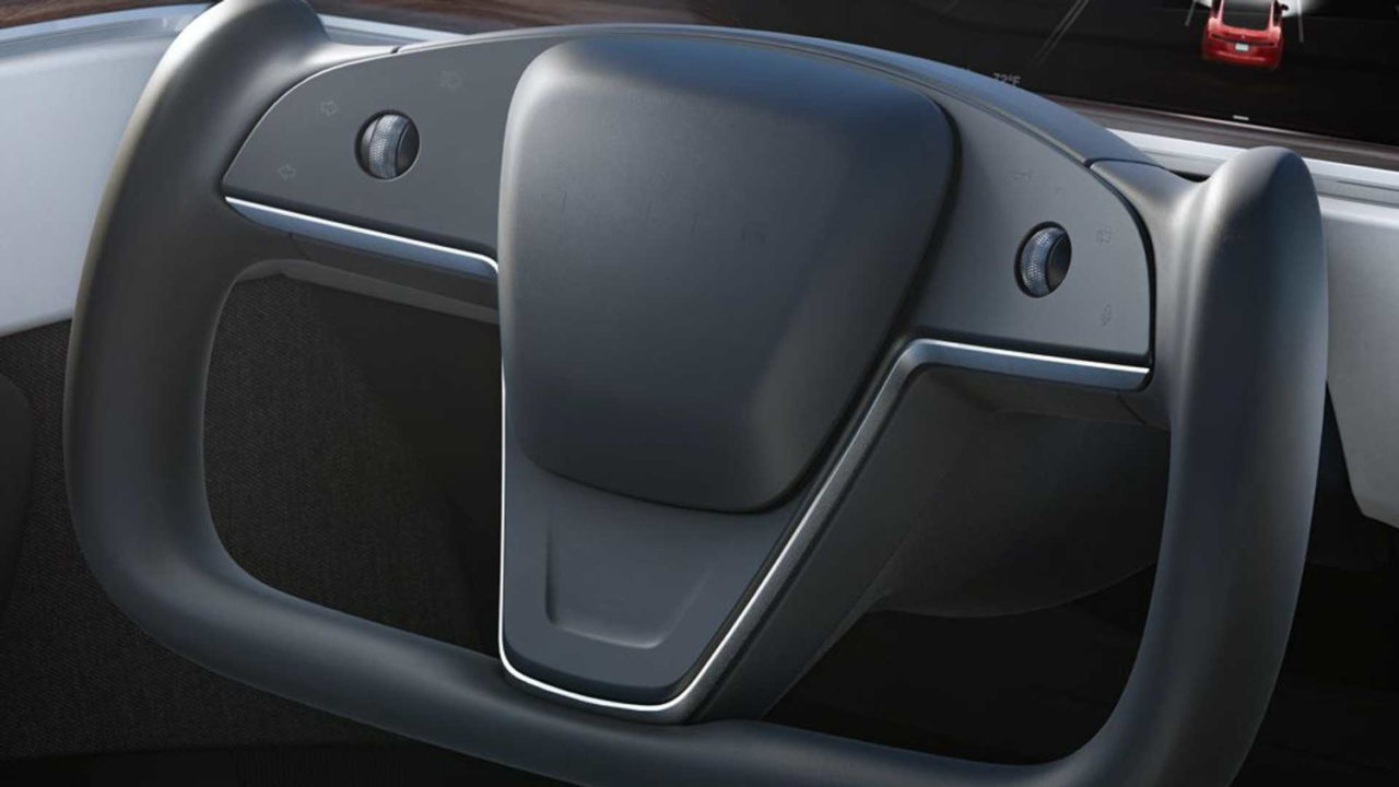 Tesla Model S's Yoke steering wheel