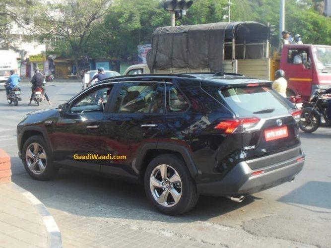 Toyota RAV4 spied