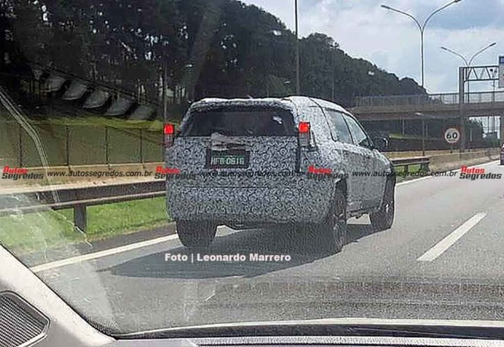 upcoming jeep 7 seat SUV spied 1