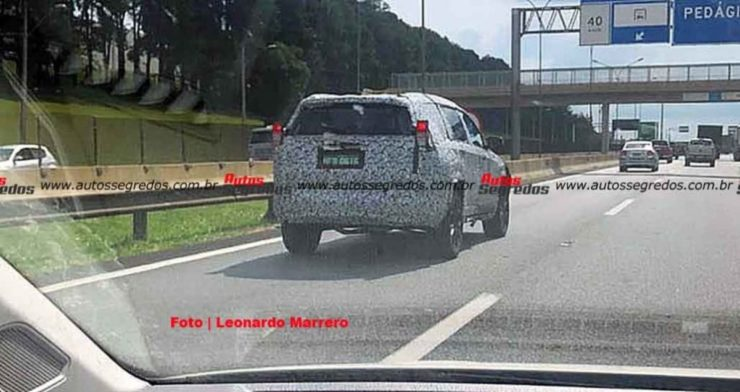 upcoming jeep 7 seat SUV spied 2