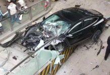 Tesla Model 3 accident Chengdu 2 April 2021