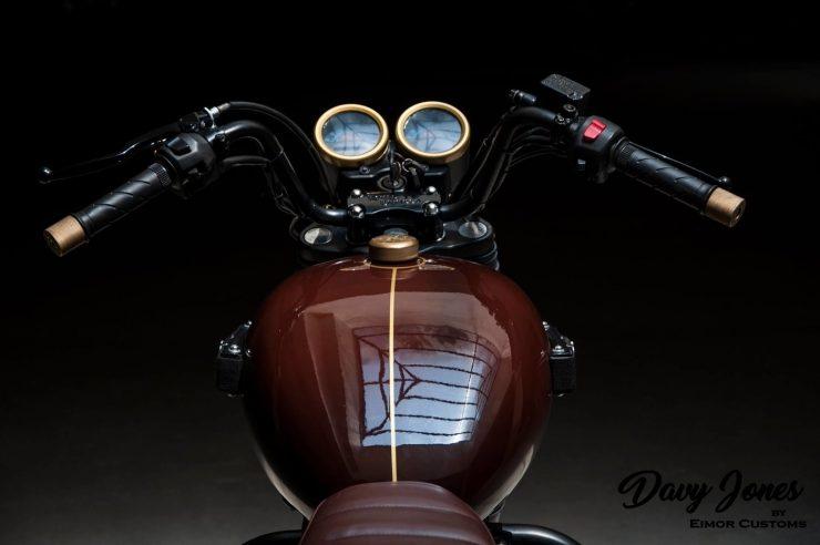 modified Royal Enfield Thunderbird 350 davy Jones 1