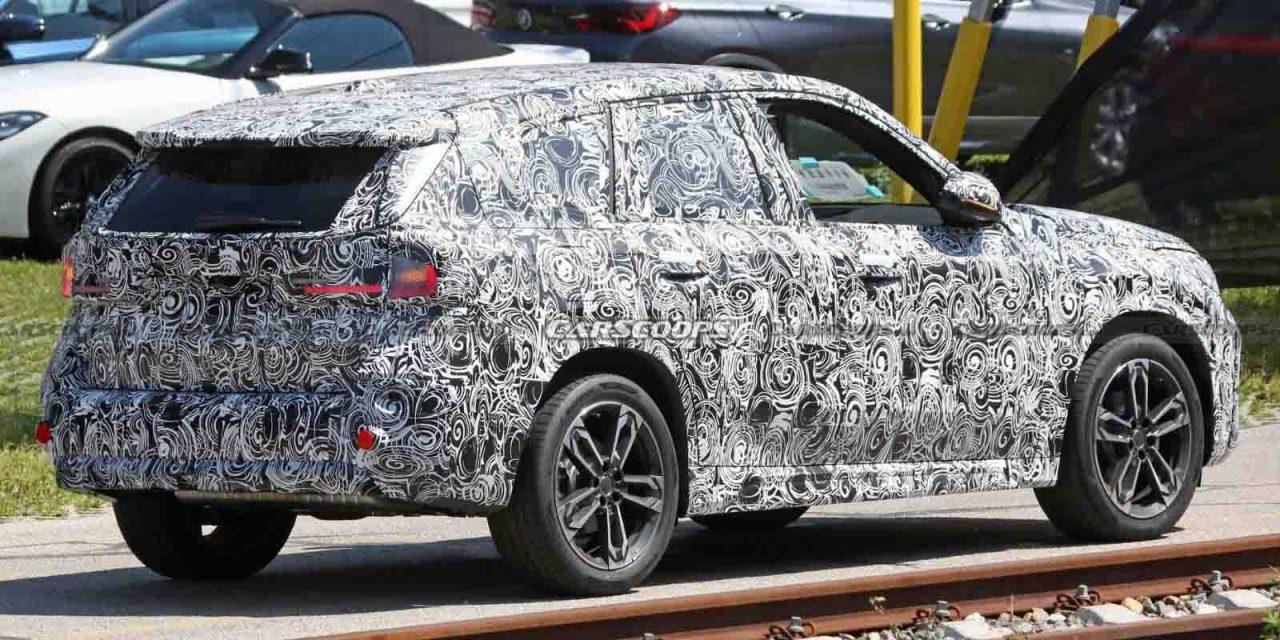 Next-gen BMW X1 spied 1