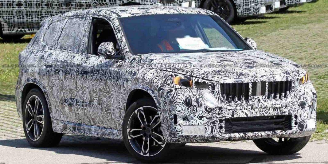 Next-gen BMW X1 spied 2