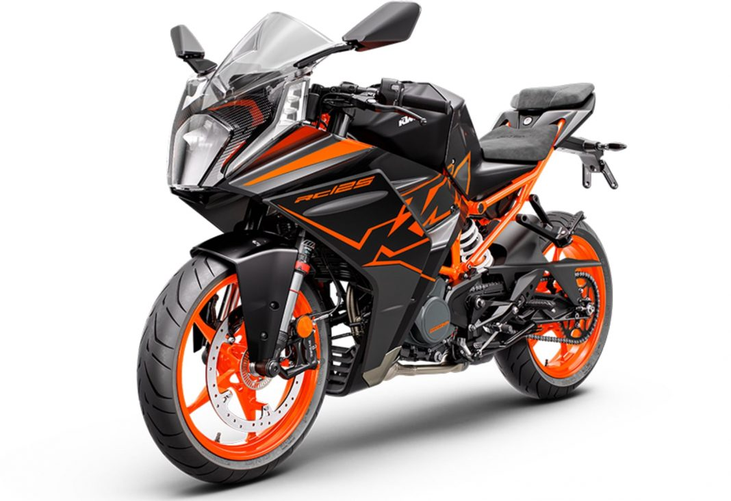 2022 KTM RC125 front angle