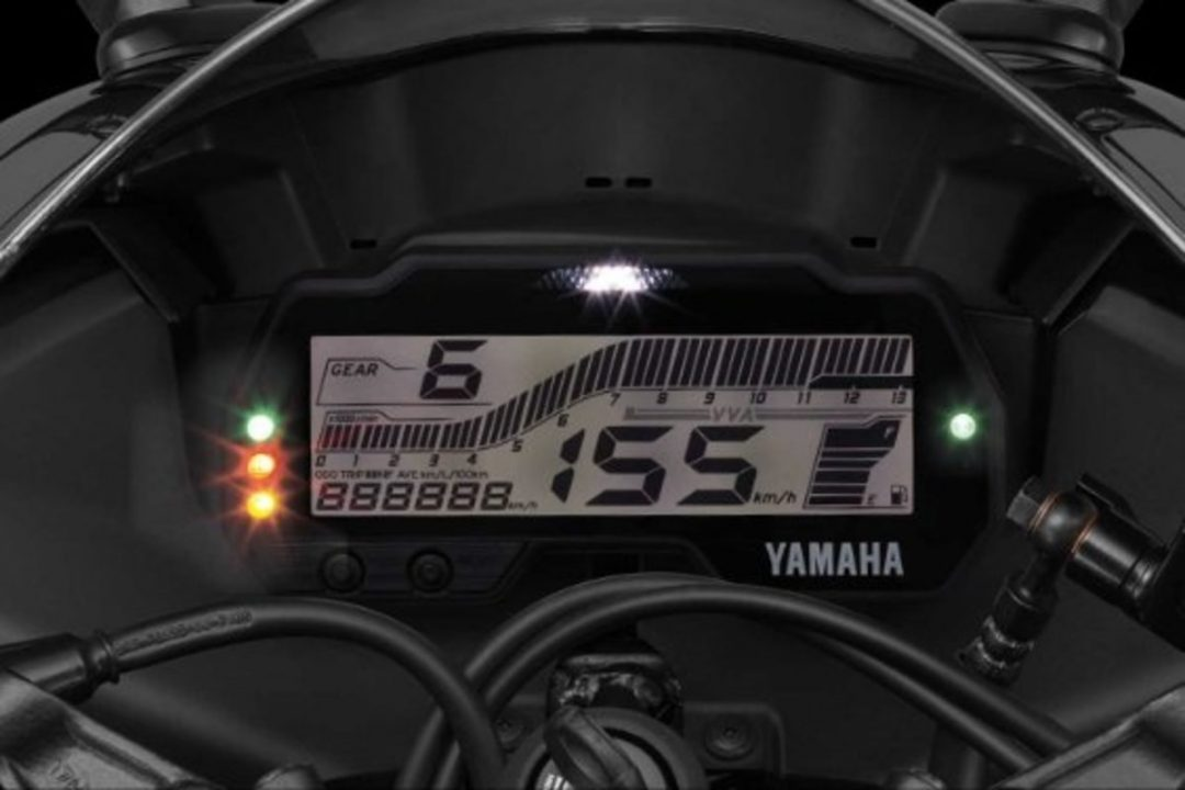 Yamaha YZF-R15 v3.0 instrument console